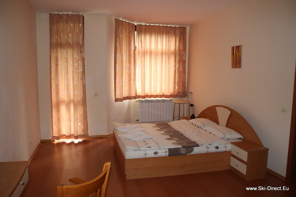 One Bedroom Apartment For Rent In Borovets Bulgaria Hotel Flora Pic 1 Ski School In Borovets