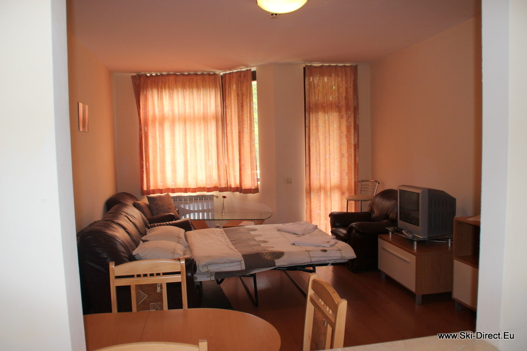 One bedroom apartment for rent in borovets bulgaria hotel for Five bedroom apartments